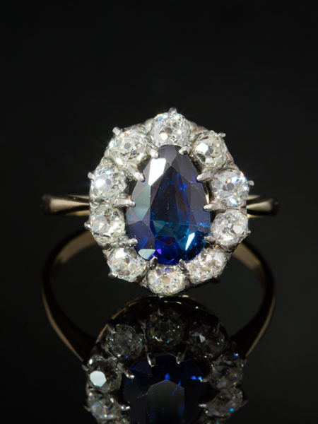 ANTIQUE VICTORIAN NATURAL SAPPHIRE AND DIAMOND CLUSTER HALO RING