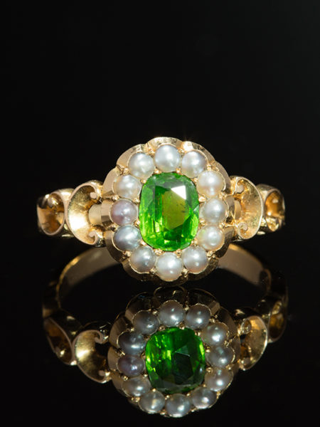 ANTIQUE VICTORIAN RARE DEMANTOID GARNET NATURAL PEARLS CLUSTER FLOWER HALO RING horse tail inclusion