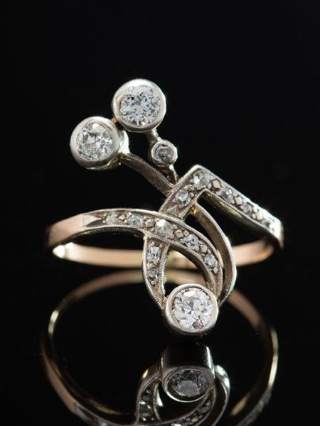ART NOUVEAU ANTIQUE RARE SUBLIME DIAMOND FLOWER RING