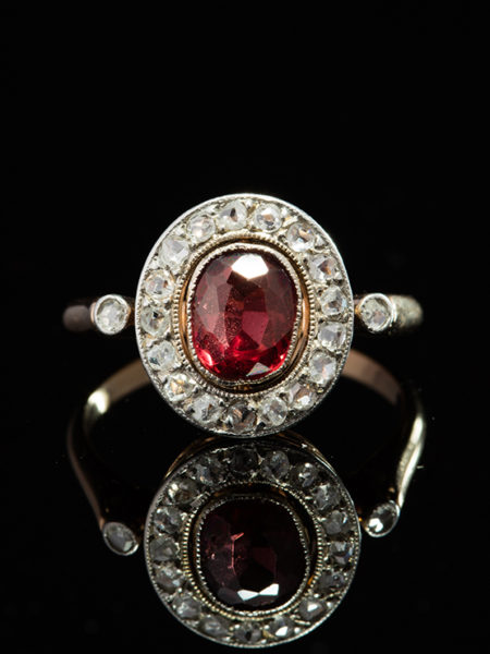 ART DECO NATURAL GARNET AND DIAMOND ROMANTIC HALO CLUSTER RING