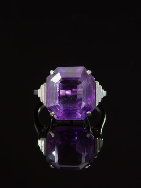 VINTAGE LUSCIOUS 8.00 Ct NATURAL AMETHYST SIGNATURE RING