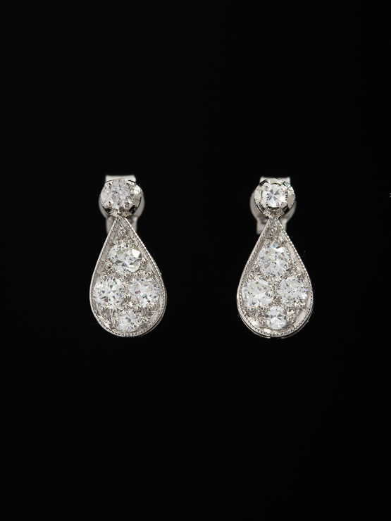 d1817917c5a8c ART DECO DIAMOND AND PLATINUM ELEGANT DROP EARRINGS