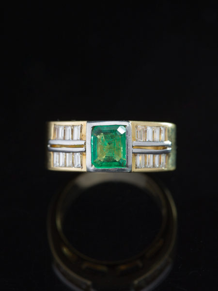 VINTAGE NATURAL EMERALD AND DIAMOND STYLISH BAND RING