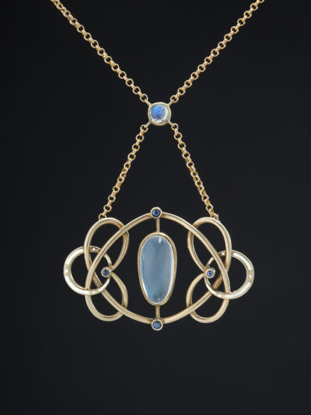 ART NOUVEAU NATURAL SAPPHIRE AND MOONSTONE SOPHISTICATED NECKLACE