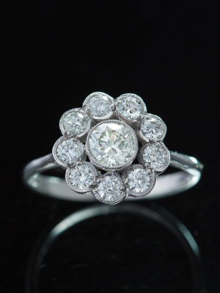 Vintage Sparkling 1.40 ct Diamond Flower Cluster Halo Ring