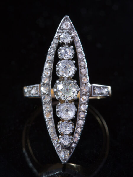 Antique Astonishing Art Deco 3,08 Ct Diamond Marquise Ring
