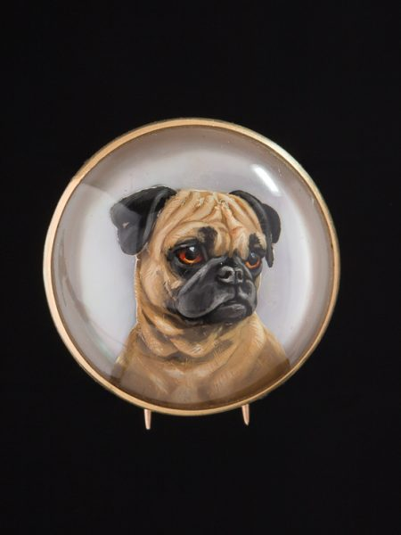 Rare Victorian Crystal Essex Reverse Intaglio Pug Dog Animal Fauna Brooch