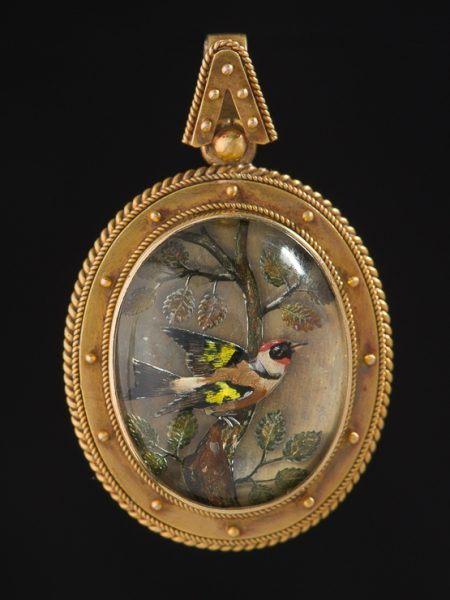 Rare Antique Victorian Etruscan Revival Goldfinch Crystal Essex Reverse Intaglio Locket Pendant